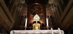 Sv. Anton Puščavnik - celodnevno češčenje Najsvetejšega